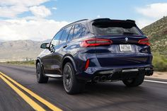 Range-topping SUV arrives with a petrol borrowed from the super saloon. New X5, Bmw X5 M Sport, New Bmw M3, Volkswagen Up, Bmw Accessories, Cayenne Turbo, Bmw Parts, Engin, Sport Seats