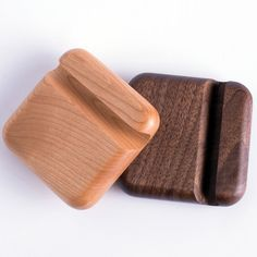Cell Phone Holder - Develop Into A Mobile Phone Expert Using These Tips! Wooden Phone Holder, Cell Phone Holder, Wood Phone Stand, Mobile Stand, Mobile Holder, Iphone Gps, Desktop, Phone Wallpapers, Mobile Phone Repair