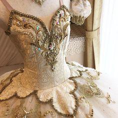 オーロラact3✨ #ballet #aurora #act3#tutu #handmade #バレエコンクール #バレエ発表会 #衣裳 #バレエ衣装製作 #バレエ衣装オーダー #オーロラ3幕#衣装#衣裳