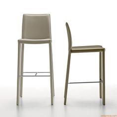 Nuvola-SG | Tabouret entièrement recouverte, différentes revêtements et coloris disponibles, hauteur de l'assise 66 ou 76 cm