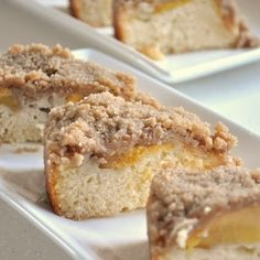 Streusel coffee cake with peaches