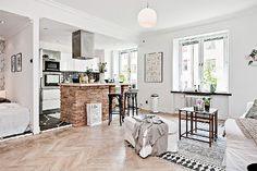 one-room-Scandinavian-apartment-main-space
