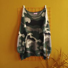 Sweater Militar Talla XL Vintage Outfits, Tunic Tops, Photo And Video, Sweaters, Clothes, Instagram, Women, Fashion, Vintage Clothing