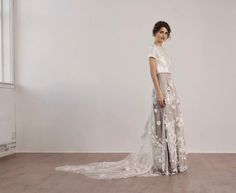 A simple silk T shirt and a stunning skirt One of my favourite looks for 2018 Silk T Shirt, Lace Wedding, Wedding Dresses, Fashion Jewelry, Bride, My Favorite Things, Skirts, Simple, Instagram