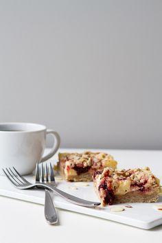 Cherry cheesecake crumb bars.