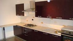 Mobila Bucatarie cu Usi MDF Vopsit Mov Lucios Mobilier de Bucatarie Modern Bucatarii de Lux Kitchen Cabinets, Design, Home Decor, Granite, Decoration Home, Room Decor, Kitchen Base Cabinets, Dressers