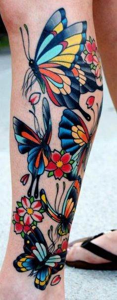 An-old-school-tattoo-style-gives-these-butterflies-a-bold-colorful-appeal.jpg 313×800 pixels