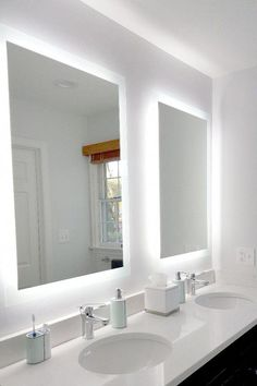 DIY and inspiring some ideas for modern main master bathrooms and master bathrooms. Ideas likewise incorporate bathroom decorations bathroom style, master bathroom storage, master bathroom organization, bathroom tile, bathroom mirrors, bathroom counters, master bathroom cabinets, master bathroom tile, tubs, showers, bathroom remodel, bathroom makeover. Styles include Modern, Mid-century Modern, Eclectic, Scandinavian, and Minimalist. #Bathroomdesign Bathroom Layout, Bathroom Interior Design, Small Bathroom, Bathroom Ideas, Bathroom Organization, Master Bathrooms, Bathroom Inspiration, Bathroom Storage, Minimal Bathroom