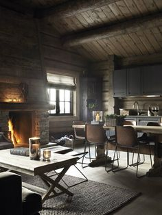 country interiors in log home - Поиск в Google
