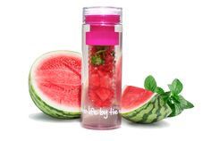 """FabFitFun water infuser bottle new in package says """"grab life by the exercise balls"""" on the bottom Yummy Drinks, Healthy Drinks, Get Healthy, Healthy Snacks, Healthy Recipes, Delicious Recipes, Tasty, Fruit Infuser Bottle, Fruit Water"""