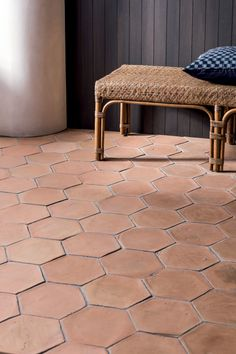 Create a feeling of warmth and authenticity with our range of beautifully hand-made Alicante Terracotta tiles.