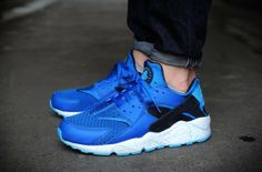 Nike Air Huarache – Military Blue / Obsidian