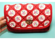 How to sew a Handbag with Turn Locks. Sewing Pattern & DIY Picture Tutorial. Сумка-клатч с поворотной застежкой. Инструкция по шитью.