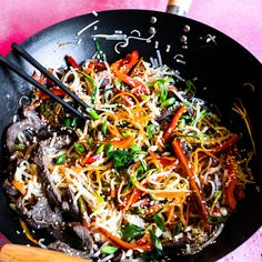 This is one you'll LOVE! It's a super quick and easy dinner, and a great way to get rid of some of those veggies in the fridge! Sesame noodlesServes: 4350 beef strips 1 Carrot, sliced thinly, lengthways1 capsicum, sliced thinly1 small red chilli, deseeded and sliced zucchini, sliced thinly, lengthways 2 Spring onion st Asian Recipes, Beef Recipes, Cooking Recipes, Healthy Recipes, Ethnic Recipes, Savoury Recipes, Chinese Recipes, Noodle Recipes, Healthy Dinners