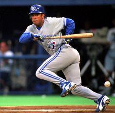 MLB Player - Roberto Alomar: National Baseball Hall of Fame Class of .