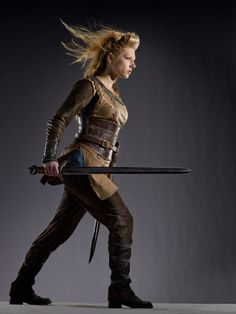 "Vikings Katheryn Winnick as ""Lagertha"" Katheryn Winnick Vikings, Lagertha Lothbrok, Viking Cosplay, Viking Costume, Viking Armor, Viking Age, Vikings Season 1, Robin, Medieval"