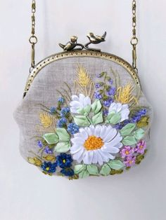 Embroidery Purse, Crewel Embroidery, Coin Purse, Purses, Wallet, Bags, Beautiful, Bias Tape, Coin Purses