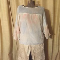 Gypsy 05 Silk Blouse. Ethereal & wistful.  Small Gypsy 05 Silk Blouse. Ethereal & wistful.  Size Small. Made in Hollywood. Great lightweight blouse with modern pattern. Excellent condition. Gypsy 05 Tops Blouses