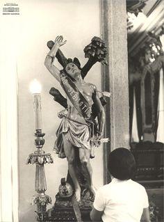 Imagem de São Sebastião, padroeiro da cidade do Rio de Janeiro, no interior da Igreja de São Francisco de Paula, 20 de julho de 1967. Arquivo Nacional. Fundo Correio da Manhã. BR_RJANRIO_PH_0_FOT_06655-62.