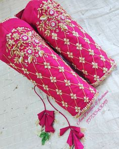 Photo shared by Anu Designs & Fashions on December 2019 tagging and Cutwork Blouse Designs, Wedding Saree Blouse Designs, Best Blouse Designs, Blouse Neck Designs, Hand Embroidery Designs, Sleeve Designs, Maggam Work Designs, Hand Designs, Boutique
