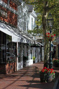 Hauptstraße in Edgartown, Martha Vineyard, Massachusetts, USA Rhode Island, Vermont, Marthas Vinyard, Maine, Small Town America, Small Town Girl, Beaux Villages, Vacation Spots, Vacation Travel