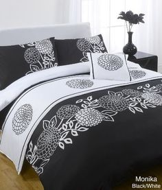 Designed by DEBORAH WILLMINGTON DESIGNS - Monika Black Bed in a Bag Single Bed