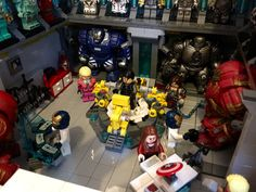 Tony Stark's LEGO Lab Is Loaded With Iron Man Suits