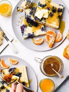 Lemon Blueberry Buttermilk Sheet Pan Pancakes on two plates. Skinny Taste, Ww Recipes, Cooking Recipes, Skinnytaste Recipes, Healthy Recipes, Healthy Breakfasts, Healthy Menu, Healthy Baking, Healthy Eats