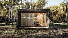The cabins are designed to generate their own electricity via solar panels. Wooden Lodges, Wooden Cabins, Aspen Real Estate, Luxury Real Estate, Hotels In Romania, Canton House, Cedar Cabin, Off Grid Cabin, Appartement Design