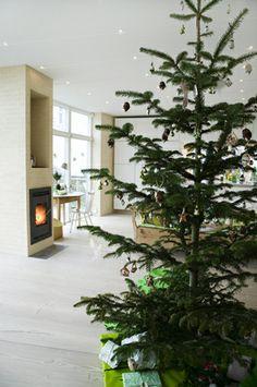 christmas tree - modern and minimal