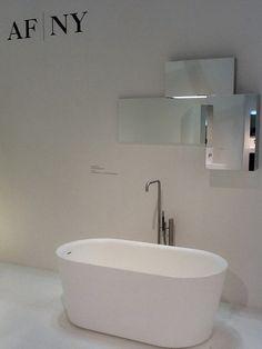 OFURÒ bathtub in white resin. Design Matteo Thun & Antonio Rodriguez