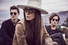 OLIVER PEOPLES '18 SUMMER COLLECTION Oliver Peoples, Luxury Sunglasses, Dior Sunglasses, Lianne La Havas, Gucci Brand, Glasses Brands, Thom Browne, Summer Collection, World Of Fashion