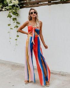 New casual fashion trends . Black Women Fashion, Womens Fashion, Ladies Fashion, Casual Fashion Trends, Fashion Ideas, Trendy Outfits, Fashion Outfits, Fashion Clothes, Women's Summer Fashion