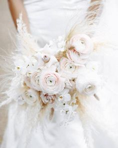 Hottest 7 Spring Wedding Flowers to Rock Your Big Day -Amazing bridal bouquet of feathery pampas grass, blush ranunculus and nude roses, spring wedding flowers, blush wedding colors Bridal Bouquet Fall, Spring Wedding Flowers, Bridal Flowers, Flower Bouquet Wedding, Bridesmaid Bouquet, Floral Wedding, Fall Wedding, Rustic Wedding, Trendy Wedding