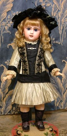 "The Prettiest 19"" Size 8 Bebe Jumeau Antique Doll in Fabulous Gown from kathylibratysantiques on Ruby Lane"