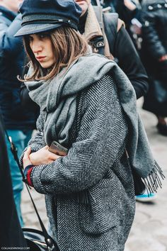 PFW-Paris_Fashion_Week_Fall_2016-Street_Style-Collage_Vintage-2