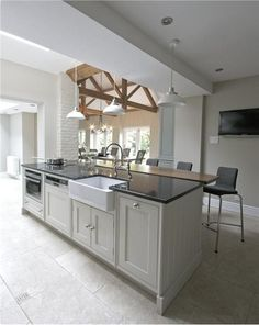 Cheshire Furniture Company have designed and installed beautiful bespoke kitchens, bathrooms, bedrooms and furniture for other rooms for almost 25 years. Barn Kitchen, Kitchen Units, Open Plan Kitchen, Kitchen Cupboards, Kitchen Living, Country Kitchen, New Kitchen, Kitchen Ideas, Kitchen Island
