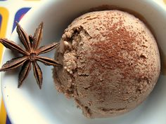 RECIPE: Chocolate and Five-Star Anise Ice Cream Not Eating Out in New York who continues to err on the side of awesome Ice Cream Desserts, Frozen Desserts, Ice Cream Recipes, Frozen Treats, Delicious Desserts, Dessert Recipes, Ice Cream Base, Ice Milk, Star Anise