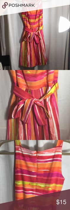 """Beautiful colorful dress 😍 In excellent conditions, colorful and comfortable!   Length 37"""" Waist: 12"""" Dresses Maxi"""