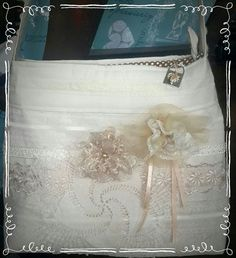 Each lace vintage bag is unique. It is also beautifully lined with a zipper. Vintage Bag, Vintage Love, Goodies, Zipper, Tote Bag, Lace, Unique, Handmade, Fashion