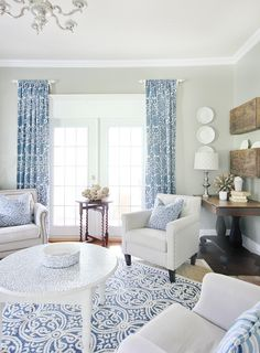 Living room decorations – Home Decor Decorating Ideas Blue Curtains Living Room, Table Decor Living Room, My Living Room, Cozy Living, Small Living, Modern Living, Blue And White Living Room, Bedroom Furniture Sets, White Furniture