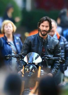 Keanu Reeves.... yes! I meant to post this to my bucket list! Lol
