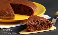 Torta ricotta e cacao, ricetta velocissima La torta ricotta è cacaoè un dolce sofficissimo preparatosenza burro, ma il suo tratto distintivo è, a mio avv
