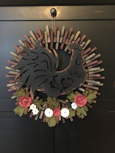 Wreath Crafts, Diy Wreath, Clothespin Crafts, Wreath Ideas, Door Wreaths, Crafts To Do, Fall Crafts, Diy Crafts, Easter Wreaths