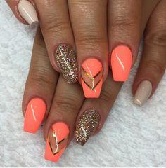 Beautiful nails. Orange, coral, beige, gold stripes, gold glitter
