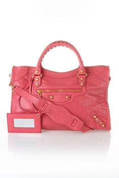 Uuuuugggghhhhhhhh. If I could have anything in the world.... it would be THIS bag. lol