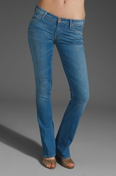 MOTHER JEANS THE RUNAWAY SKINNY FLARE RANCHO DIABLO BLUE DENIM 1003-118 26 X 34 #MOTHER #Flare