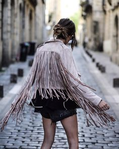 Back to #fringe - new #summer #trend  - lien de cette beauté on Lisagermaneau.com -  @alixdebeer