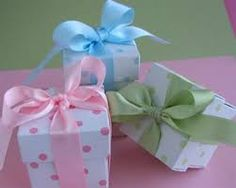 ideas for baby shower table centerpieces -