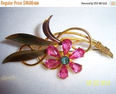 SALE 1940s Pink Petals Van Dell Rose Gold Filled Brooch by CalicoCandys on Etsy https://www.etsy.com/listing/163827452/sale-1940s-pink-petals-van-dell-rose